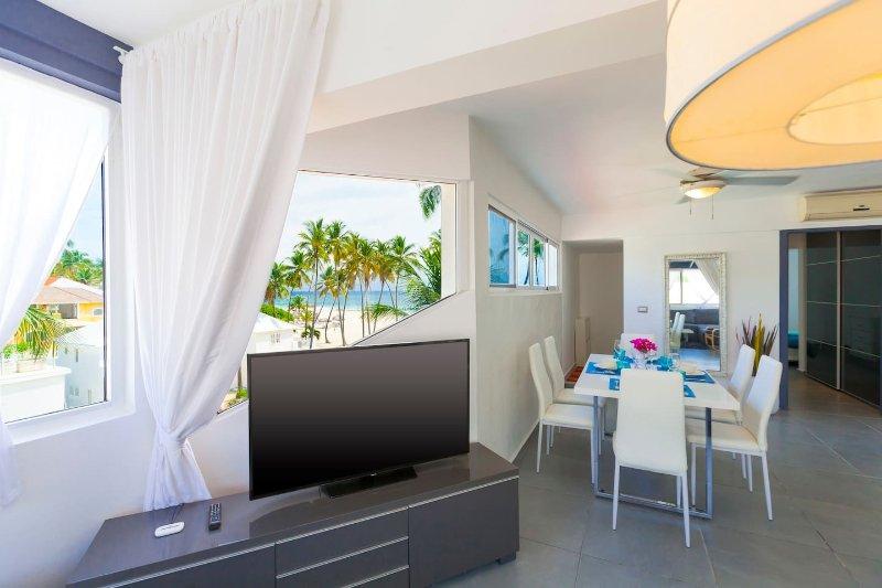 Notre appartement confortable, belle est directement sur la plage. Tout est fait avec amour et passion.