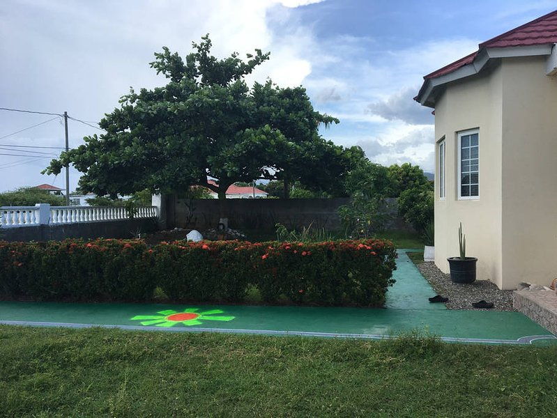 Fairway Villa Southaven Enjoy the Vibes, holiday rental in Saint Thomas Parish