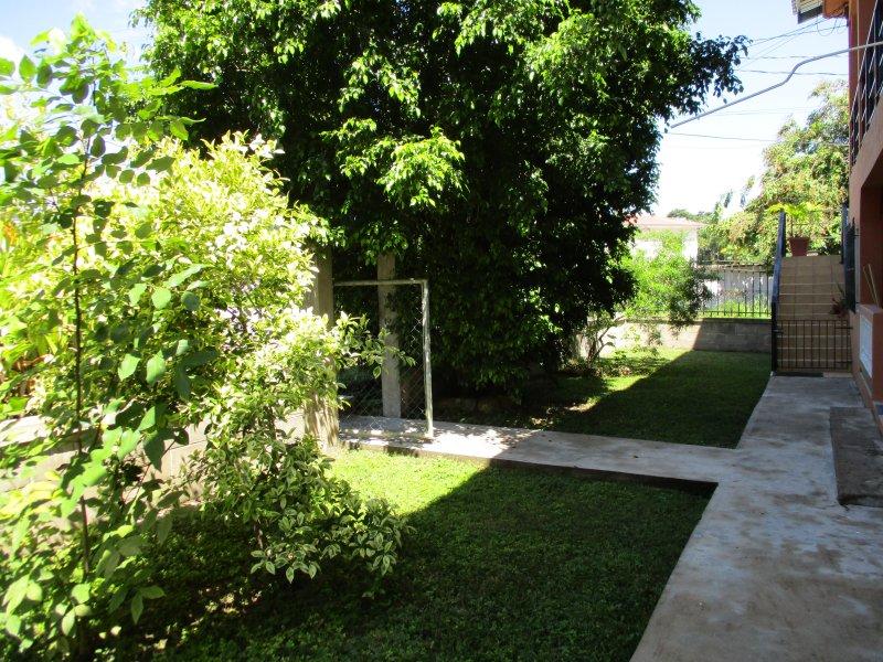 Jardín de enfrente