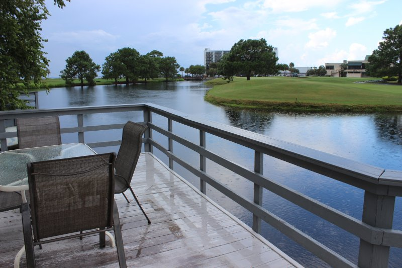 Chair, Furniture, Golf Course, Grassland, Tree