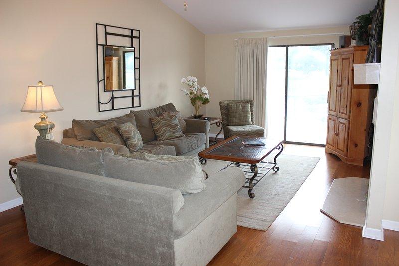 Sofá, muebles, lámpara, Silla, Interior