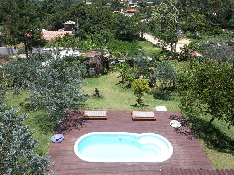 Descanse na Casa Quartzo Rosa das Casas Iluminao Praia do rosa., holiday rental in Barra de Ibiraquera