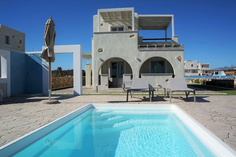 Villa Purple Moon Naxos, holiday rental in Ano Koufonissia