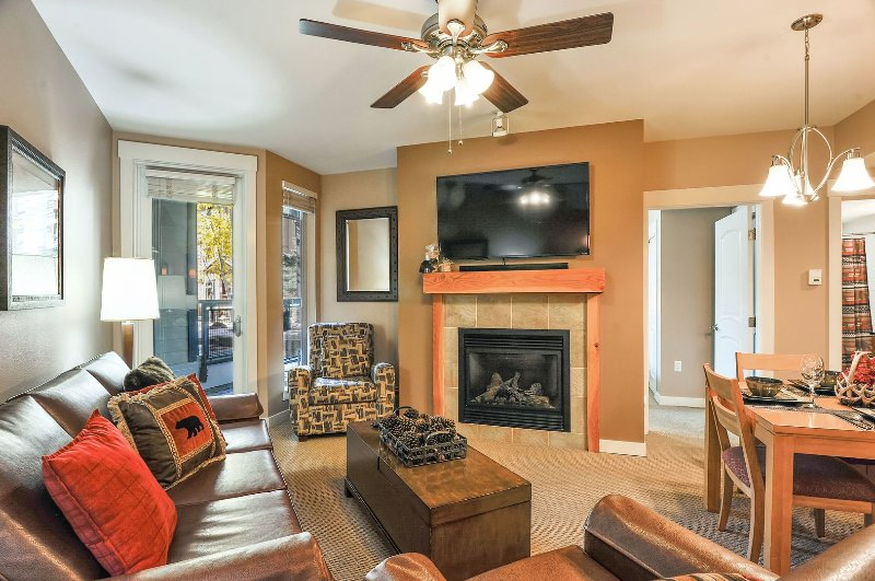 Living Room with Fireplace and 55' Smart TV HBO and Netflix provided. Google Chromecast.