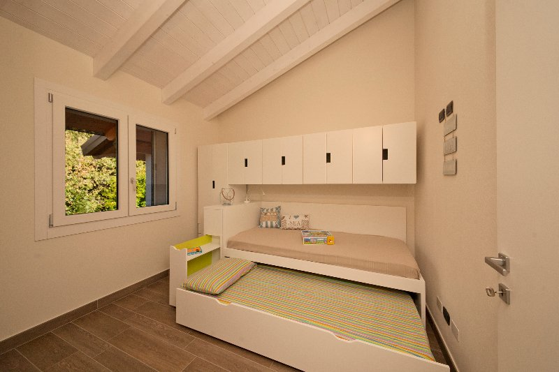 Single bed and pull out single bed