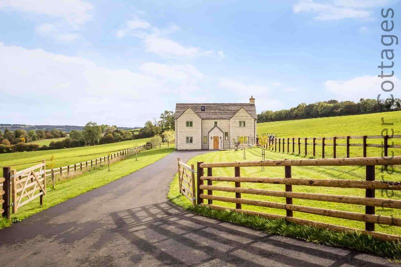 Park Farm is a fabulous country home, nestled in rolling countryside, vacation rental in Upper Oddington