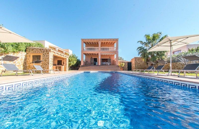VILLA SAN JORDI IBIZA 1,5 km playa salinas y Playa den Bossa , Mejores ubicadas, alquiler de vacaciones en Sant Jordi