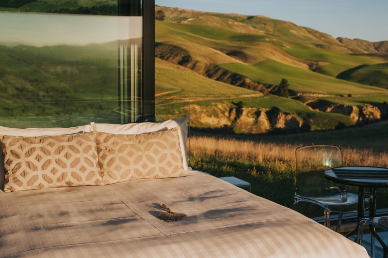 Greystone PurePod - luxurious glass eco-cabin high above an organic winery, Ferienwohnung in Canterbury Region