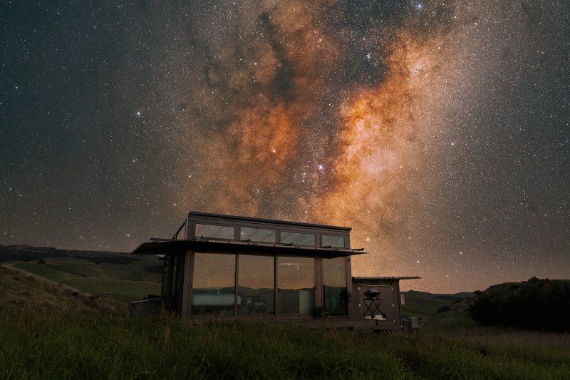 Sous la Voie Lactée ... avec un toit en verre, vous pouvez stargaze du lit!