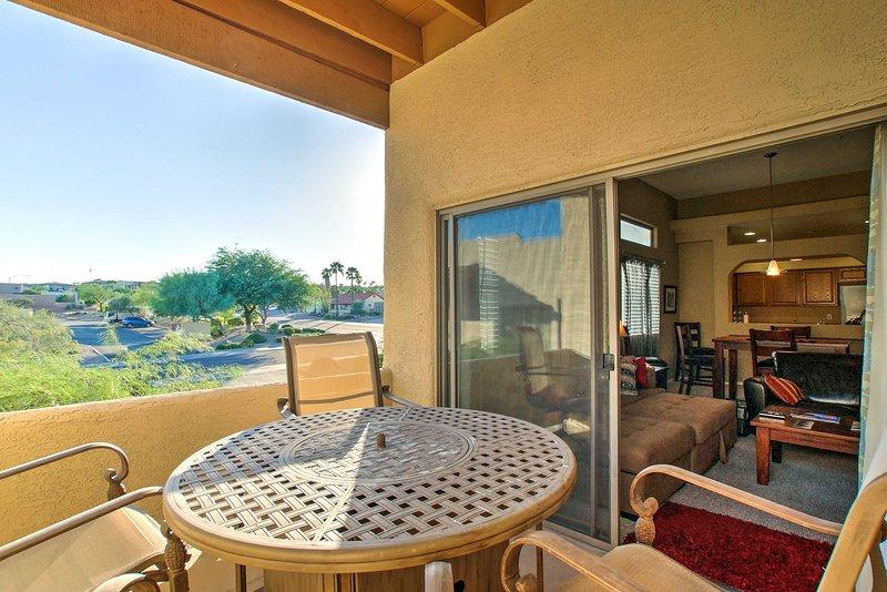 Hier finden Sie die malerische Aussicht von Ihrem eigenen Balkon genießen.