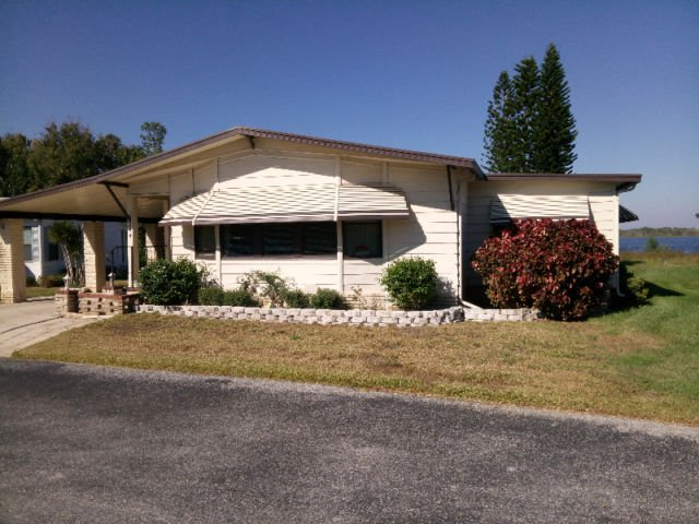 Snowbird - Central Florida - Waterfront / Bord de lac, holiday rental in Auburndale