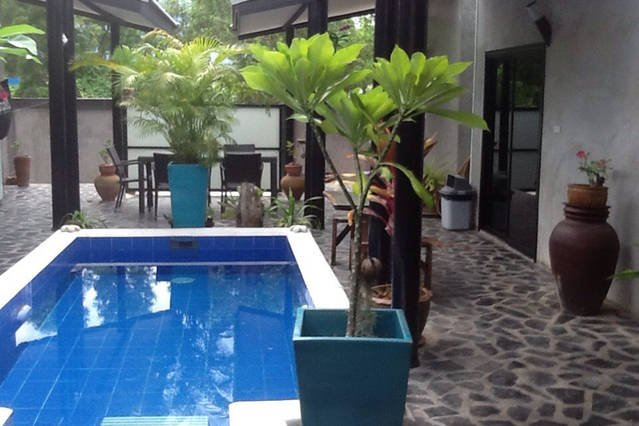 BEACH HOUSE BUNGALOWS, holiday rental in Pranburi