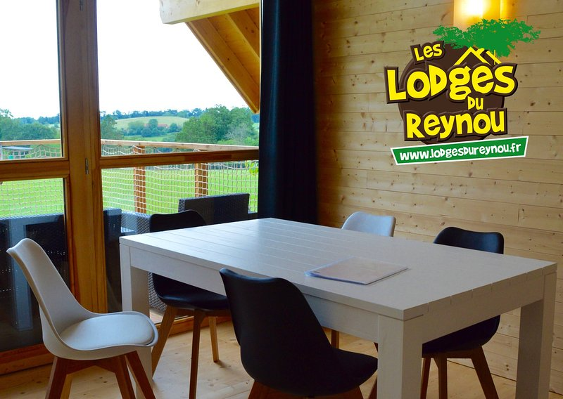 Les Lodges du Reynou  Savana Lodge, vacation rental in Rilhac-Rancon