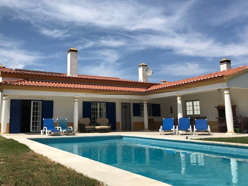 Luxe villa met privé zwembad 3, Ferienwohnung in Samora Correia