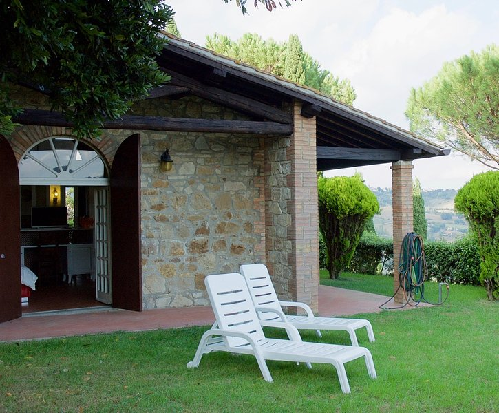 Appartamento Domus Aurea, Ferienwohnung in Romazzano
