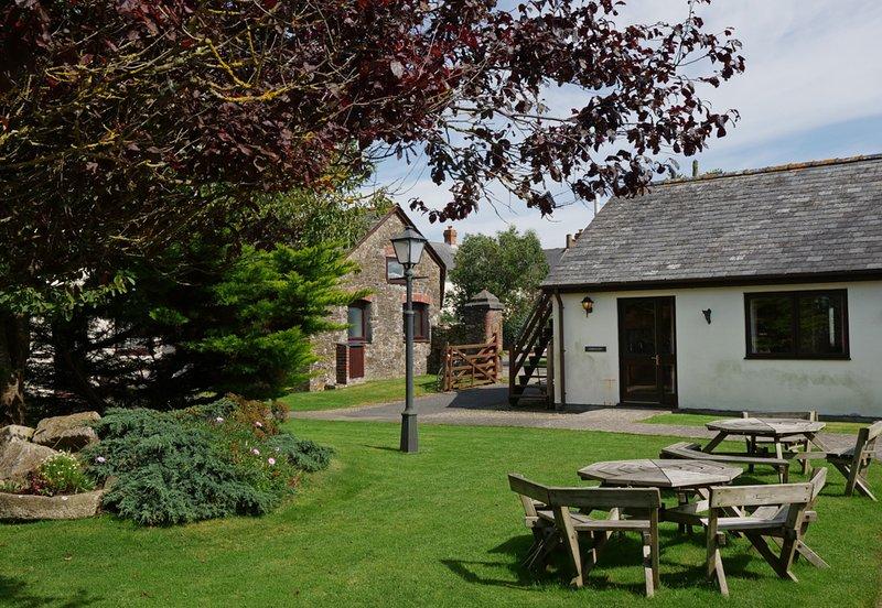 Crooklets 3 Bedroom Cottage, location de vacances à Marhamchurch