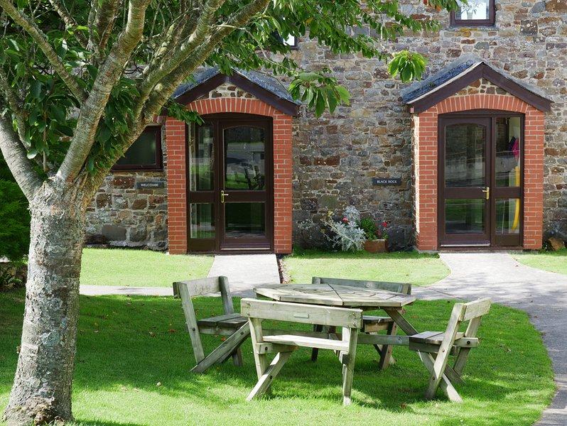 Black Rock 2 Bedroom Cottage, location de vacances à Marhamchurch