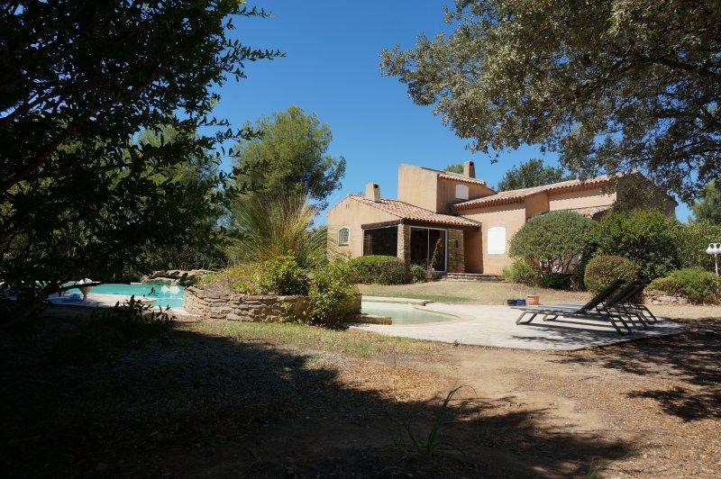 Willkommen in der Villa Dourmidou