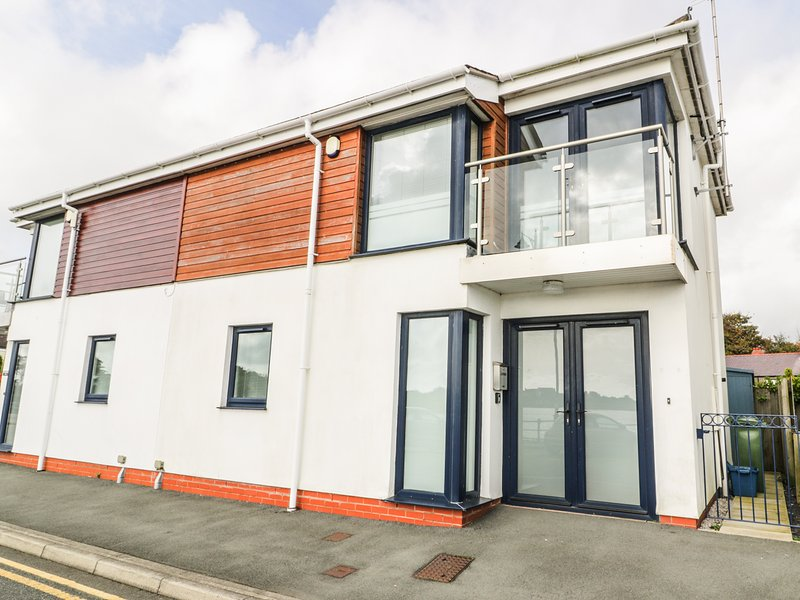 7 Marina View, Pwllheli, holiday rental in Pwllheli