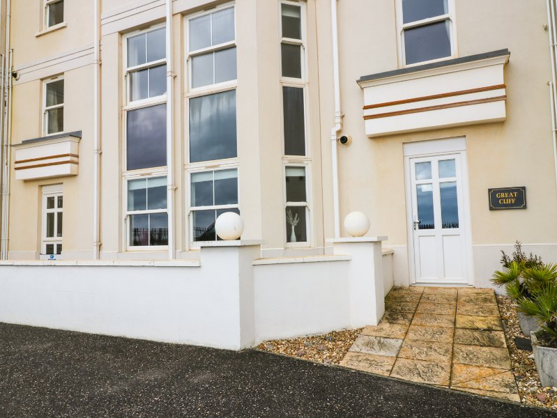 2, GREAT CLIFF, open plan, family friendly, in Dawlish, Ref. 967445, vacation rental in Dawlish
