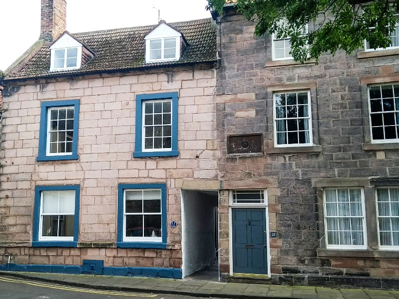 THE INDIGO HOUSE, character, hot tub, WiFi, in Berwick-upon-Tweed, Ref:949407, location de vacances à Spittal
