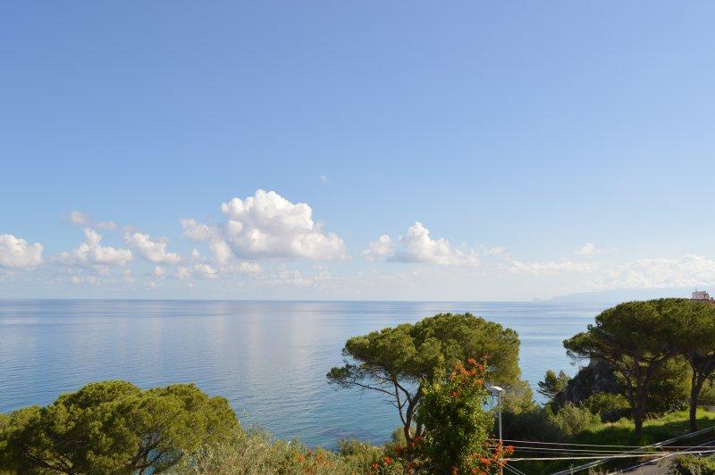 Blick von der Terrasse in Richtung Cefalu
