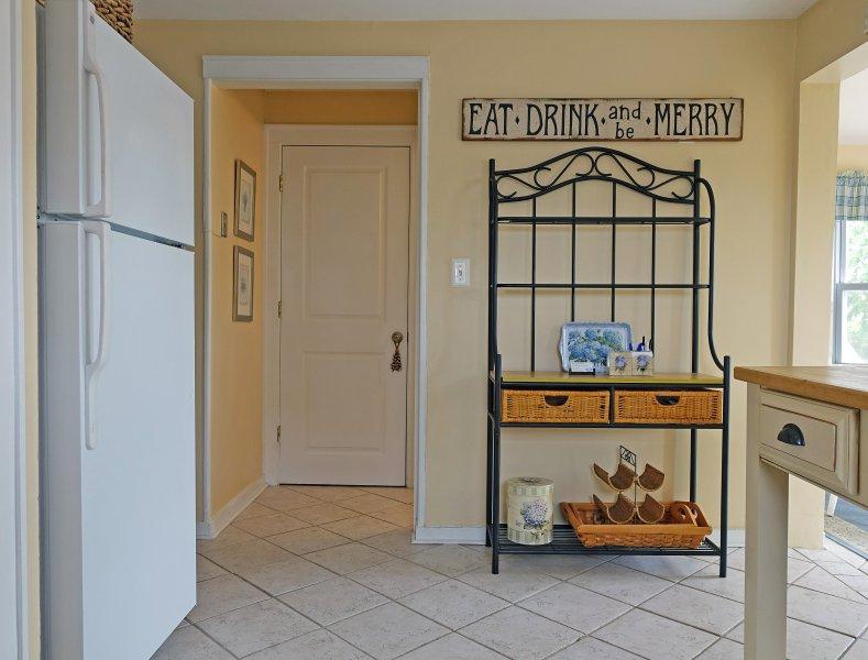 Ein weiterer Blick in die Küche.