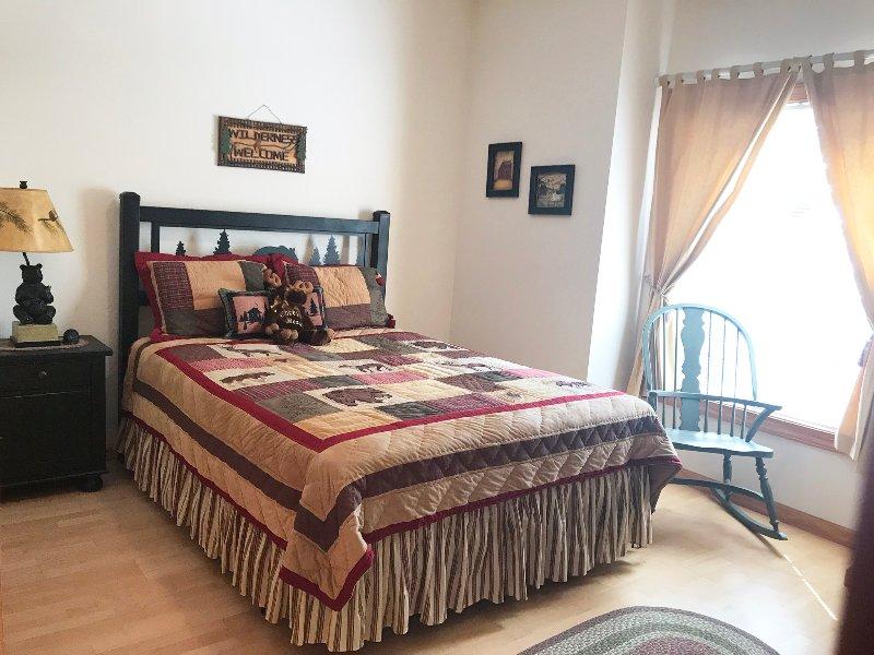 Deuxième chambre à coucher, Lit Queen-Size