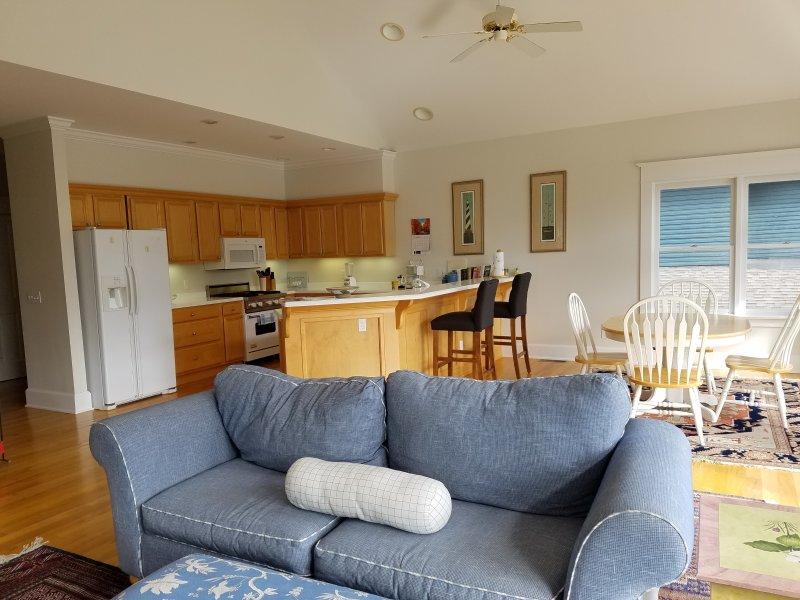 sala de estar, sala de jantar, cozinha
