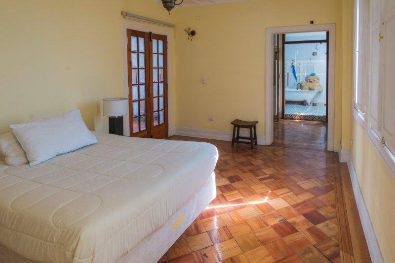 Downey-Mozó: Martín Rivas Apartment, holiday rental in Lo Solar
