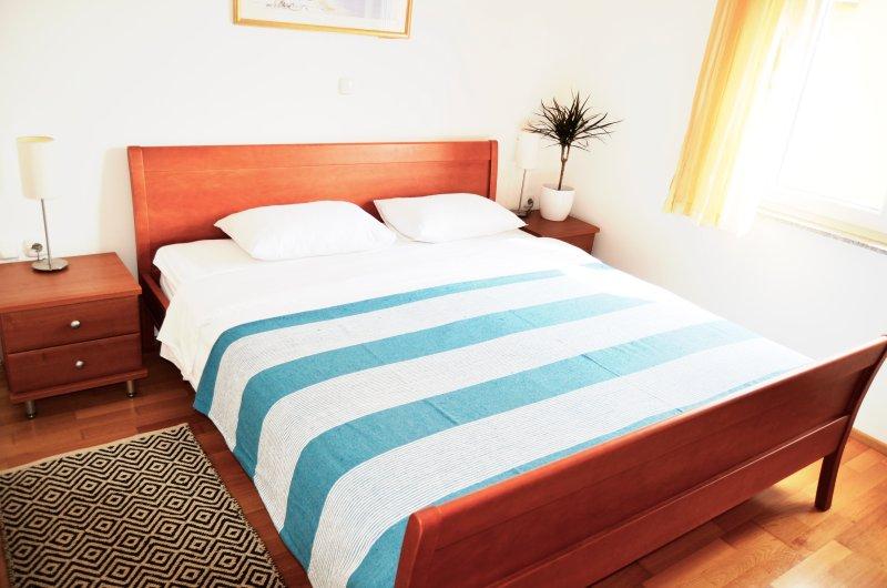Success Apartment 7 with Terrace, Kožino-Zadar, vacation rental in Kozino