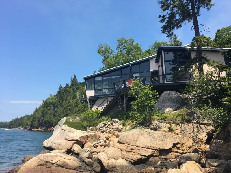 MUIR BOAT HOUSE - Stonington, holiday rental in North Haven