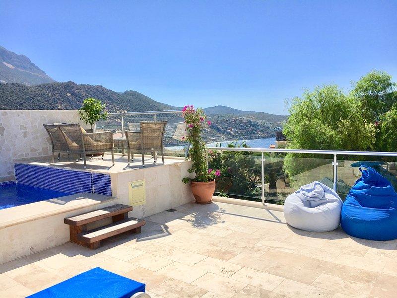 Luxury Duplex Penthouse with own Pool in Kalkan, holiday rental in Kalkan