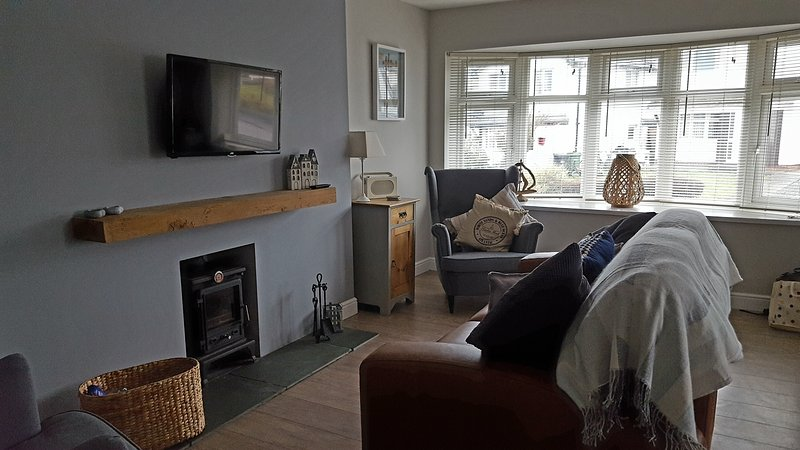 Beautiful refurbished bright and airy cottage, situated in the heart of Rhosneigr