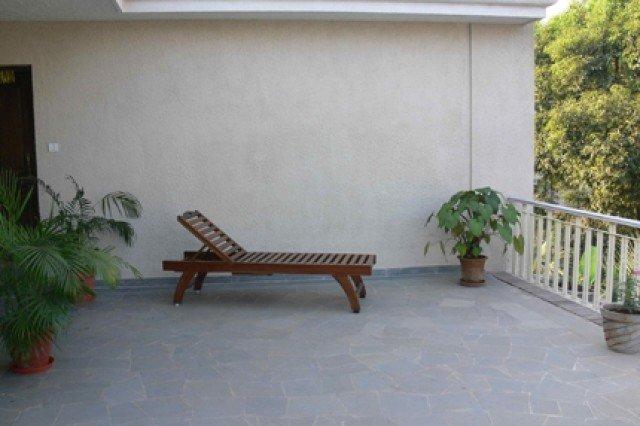 Terrace sit-out