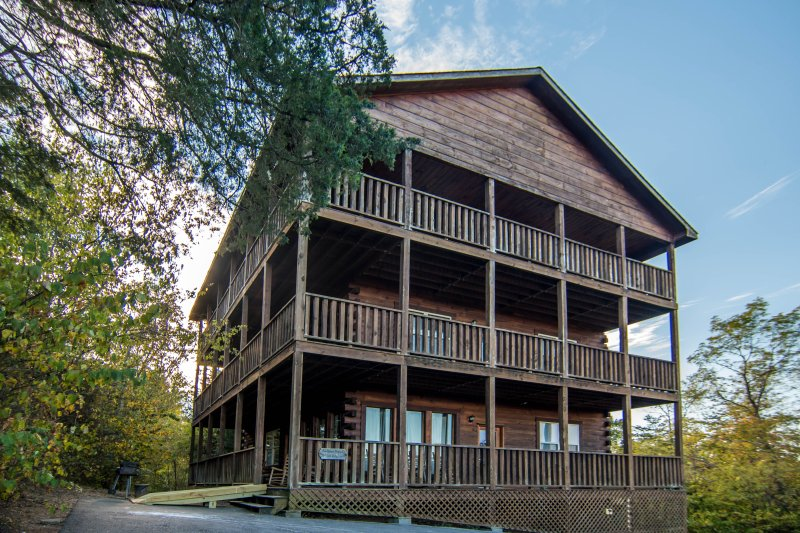 Eagles Mountain Lodge - grande privacy, alla fine di un cul-de-sac, vista sulle montagne incredibili!
