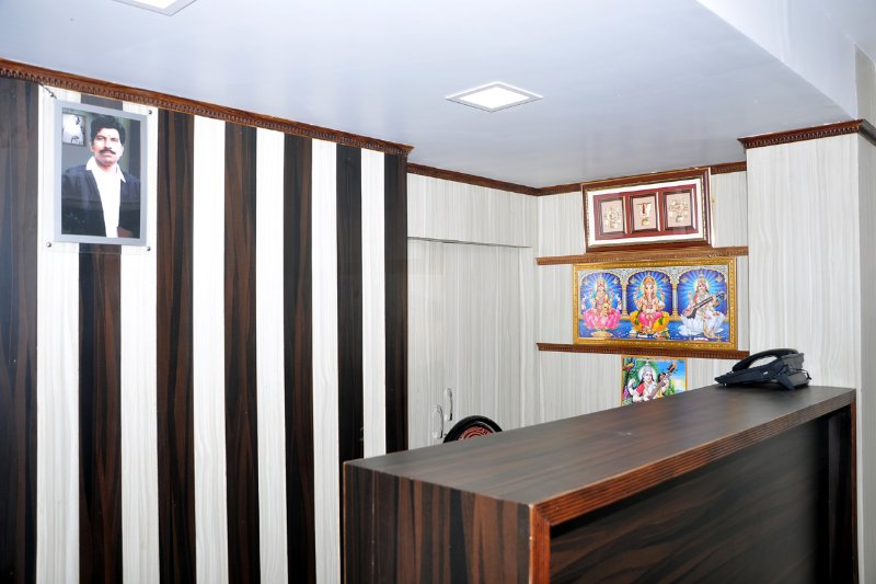 G.T.RESIDENCY,NAGAPATTINAM & VELANKANNI ROAD,THIRUTHURAIPOONDI,THIRUVARUR DIST., vacation rental in Kumbakonam