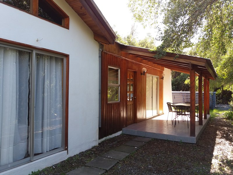CHALET Frontis