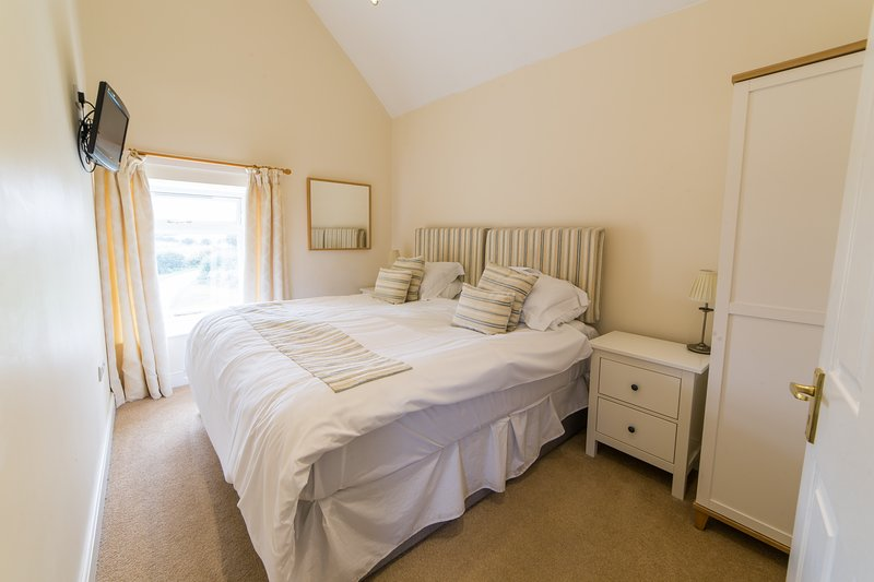 Bowes Barn 4 Star Gold cottage sleeping upto 3, master bedroom with king sized bed