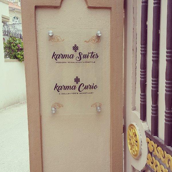 Boutique Full 3 Bedroom Apartment At Karma Suites