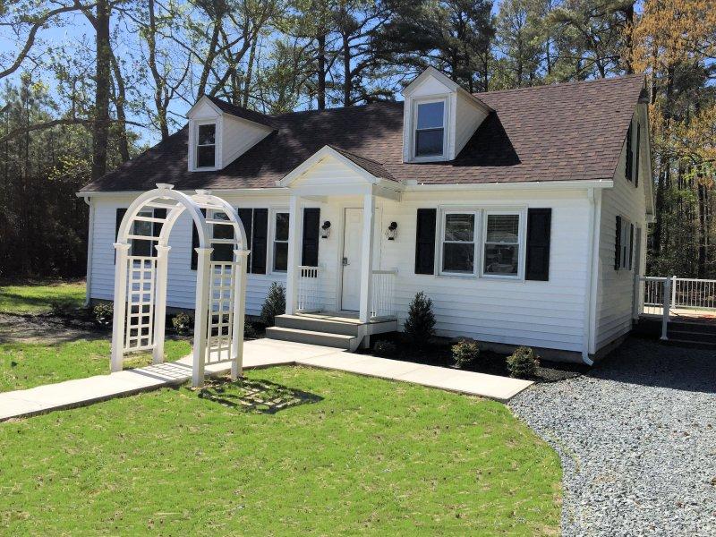 El Cottage aka nupcial de popa cuenta con un lujoso dormitorio de matrimonio y baño con una sala de estar