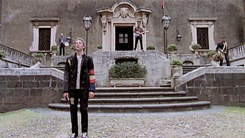 anche i Coldplay sono stati rapiti dalla magia di Catania e dell'Etna....correva l'anno 2009