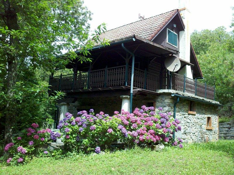 La Casa di Alberto - una vacanza nella natura, location de vacances à La Gabella