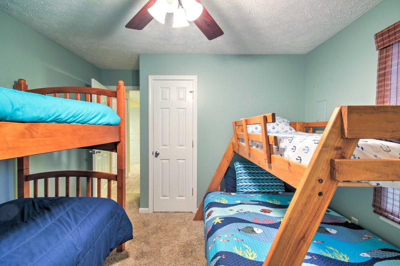 Tuck the tykes into bed of the twin-over-twin and a twin-over-full bunk beds.