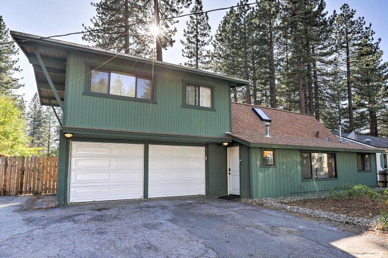 Ubicado en una zona tranquila rodeada de árboles de gran tamaño, esta casa promete una estancia tranquila.