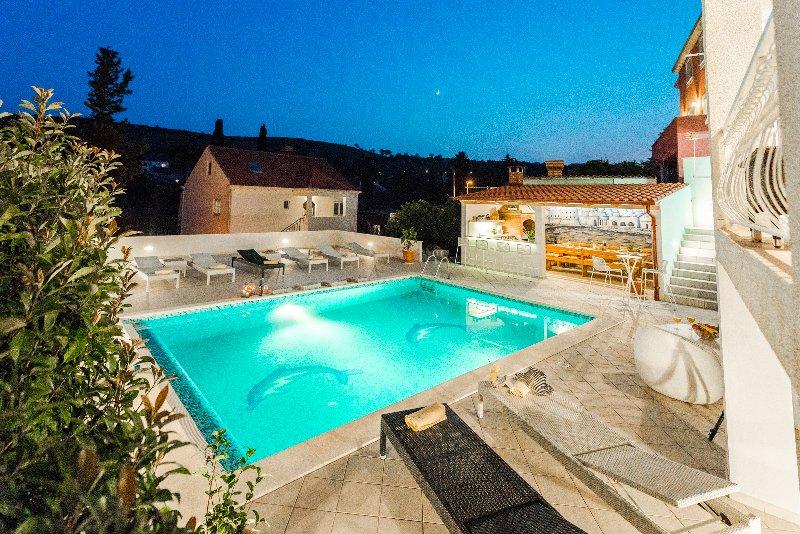 Vila Paula-Private residence near Dubrovnik, holiday rental in Mlini