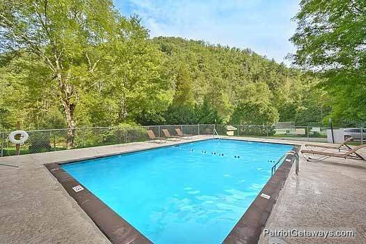 Accès à la piscine du Resort at Angel's Place