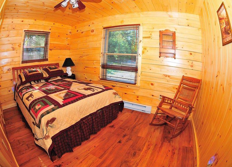 Ground floor bedroom #2 (queen size bed)