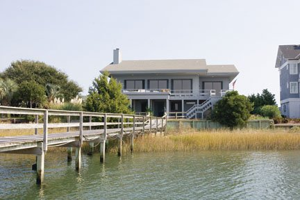 Deep water sound front home Fabulous views of the sound & ICWW. Very large deck with lots of seating
