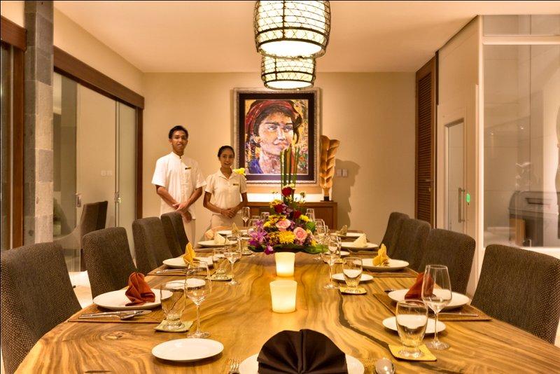 Villa Gumamela Dinning Room